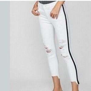 Express Cropped White Denim Pants